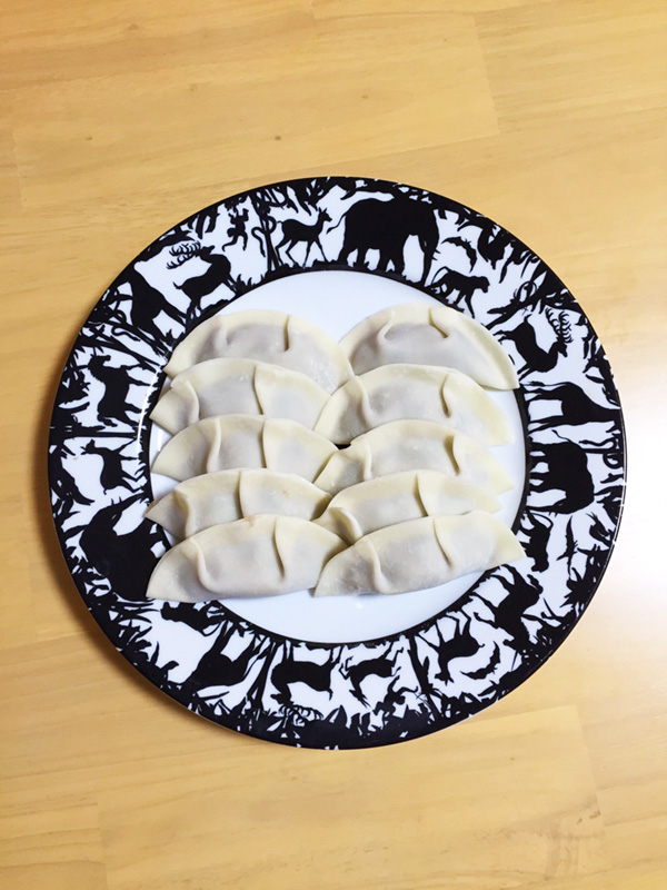 橘田いずみさんの餃子レシピ本『本日も餃子日和。』うまみたっぷり!乾物餃子つくってみました。